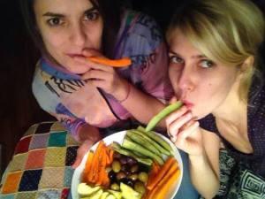 În prima seară de discuţii lungi fără ţigări, cu Bea, alături de care am fumat muult şi ne-am lăsat binee.